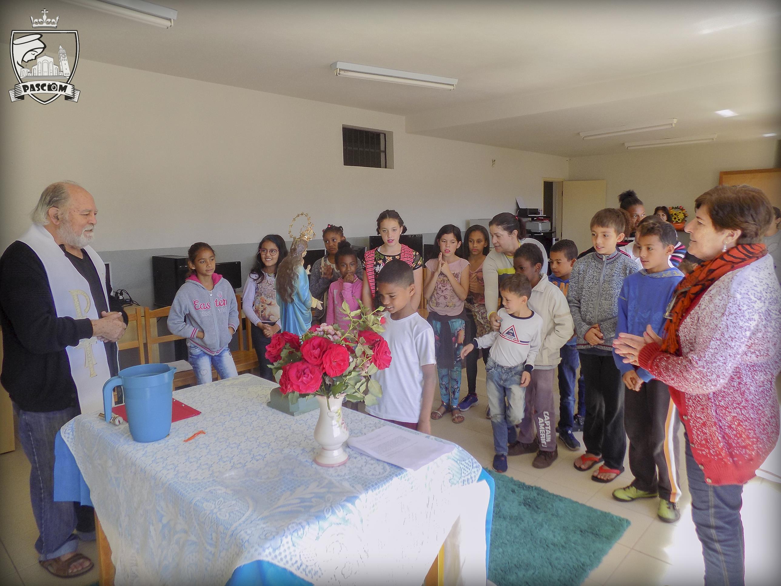 Visita à Pastoral da Criança.